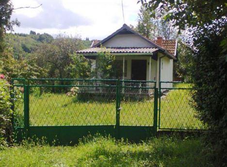 Евтина селская къща на 30 км. от Бургас.